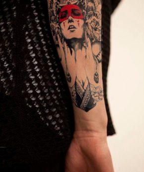 tatuaje temproal amerindia roja modelo feel tattoo