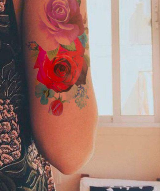 tatuaje temporal rosa bosque modelo feel tattoo