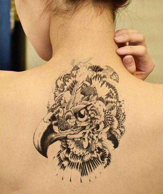 tatuaje temporal aguila coronada modelo feel tattoo