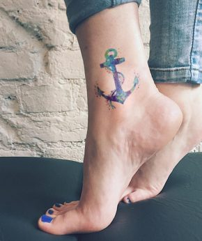 tatuaje temporal ancla acuarela modelo feeltattoo